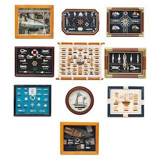 Lote de artículos decorativos de navegación en miniatura. SXX. Uno sin enmarcar. Consta de: tipos de nudo con soga, fragatas, otros.