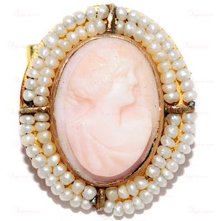 Art Nouveau Angel Skin Natural Coral Carved 14k Yellow Gold Cameo Brooch