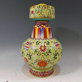 IMPERIAL CHINESE FAMILLE ROSE TIBETAN VASE - QIANLONG MARK & PERIOD
