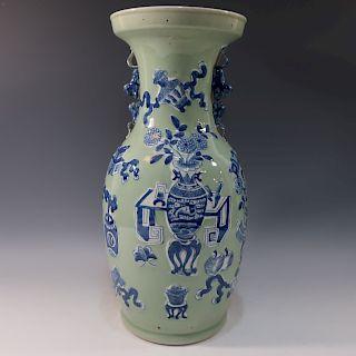 LARGE CHINESE ANTIQUE BLUE WHITE CELADON VASE - 19TH CENTURY