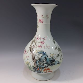 CHINESE ANTIQUE FAMILLE ROSE VASE - GUANGXU MARK AND PERIOD