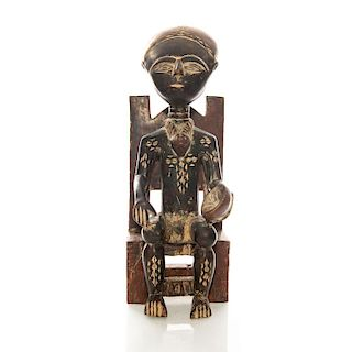 ASHANTI STYLE FIGURAL CARVED WOOD SCULPTURE