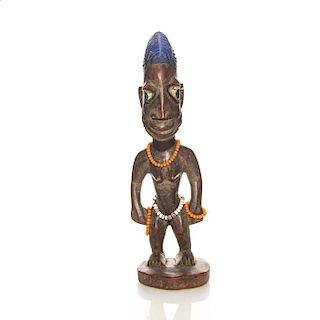 NIGERIAN TRIBAL WOOD SCULPTURE OF WOMAN AND BEADS