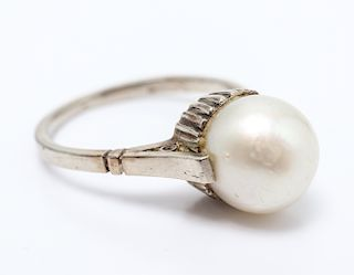 Antique 14K White Gold Pearl Ring