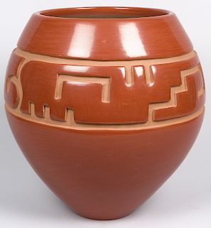Luann Tafoya | Santa Clara Carved Pot