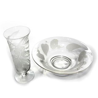 GLASS VASE & FRUIT BOWL WITH FROSTED ENCIRCLING FLORA