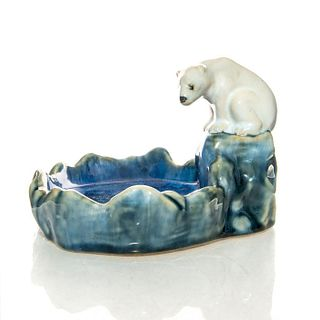 DOULTON LAMBETH BIBELOT, POLAR BEAR ON ICE