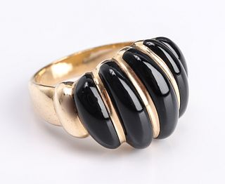 14K Yellow Gold & Carved Onyx Shrimp Ring