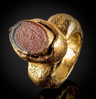 Islamic 20K+ Gold Ring - Carnelian Intaglio w/ Kufic