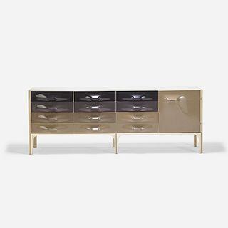 Raymond Loewy, DF2000 cabinet