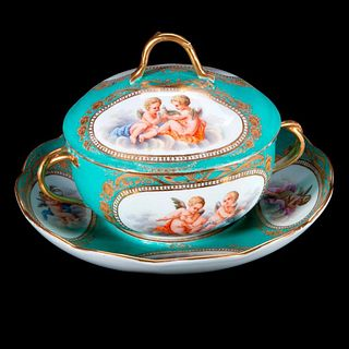 Meissen Covered Serving Bowl with Underplate