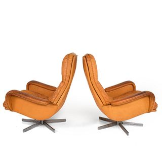 Midcentury Set of Two De Sede S 231 James Bond Swivel Arm Lounge Chairs, 1960s