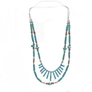 NATIVE AMERICAN STYLE BEADED TURQUOISE NECKLACE