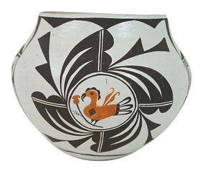 Jeri Lewis Native American Acoma Ceramic Vase