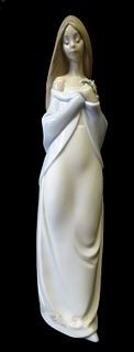 NAO by Lladro #1344 Floral Beauty Porcelain