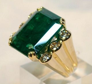 DAVID WEBB 40-CARAT EMERALD & DIAMOND RING 18K Y/W GOLD W UGL CERT - $305K Value