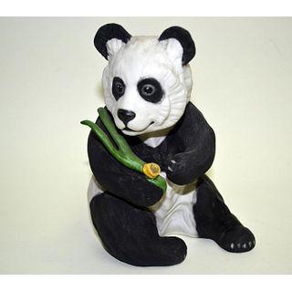 BOEHM PORCELAIN PANDA SEATED