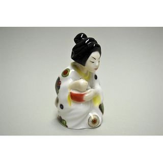 ROYAL WORCESTER JAPANESE GIRL CANDLE SNUFFER