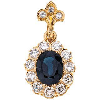 SAPPHIRE AND DIAMONDS PENDANT. 18K YELLOW GOLD