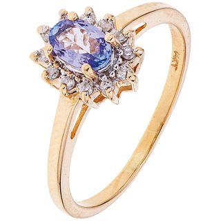 TANZANITE AND DIAMONDS RING. 14K YELLOW GOLD