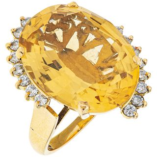 CITRINE AND DIAMONDS RING. 18K YELLOW GOLD
