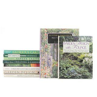 Creating Gardens. Creating a Garden / Garden Crafts / The Bold & Brilliant Garden / The New American Garden... Pieces: 10.