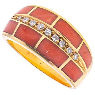 CORALS AND DIAMONDS RING. 18K YELLOW GOLD