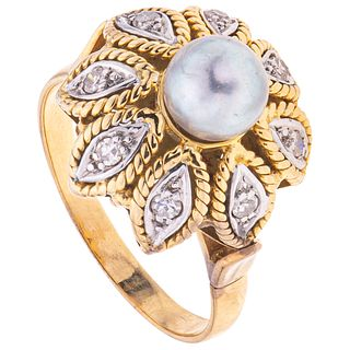 CULTURED PEARL AND DIAMONDS RING. 18K YELLOW AND WHITE GOLD