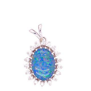 18k Gold Diamonds Opal PendantÊ