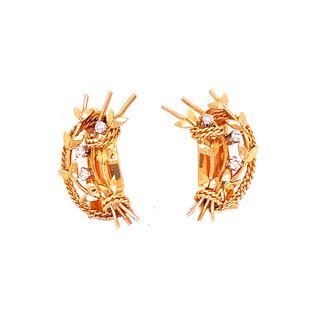 18k Gold Diamonds Retro Earrings