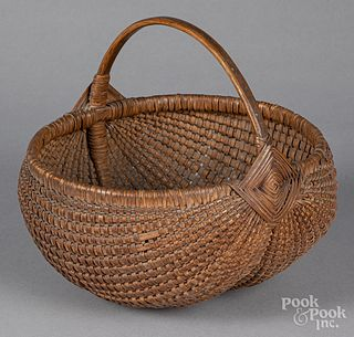 Finely woven Gods eye basket, 19th c.
