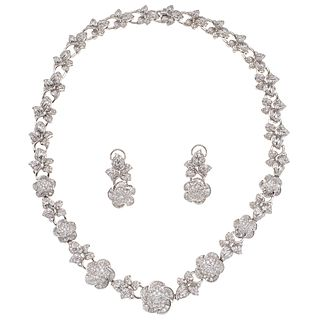 CHOKER AND EARRINGS SET WITH DIAMONDS. 18K AND 14K WHITE GOLD
