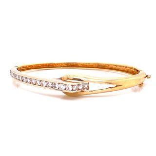14k Gold Diamonds Bangle Bracelet