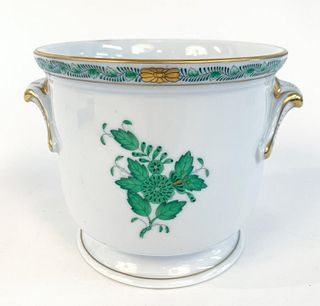 """HEREND """"CHINESE BOUQUET"""" GREEN CACHEPOT"""
