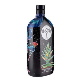 Alacrán. Tequila Reposado. 100% agave. Los Altos, Jalisco. Diseño del alrtista Salvador Campos Murillo - DEKTAR.