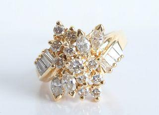 10K Yellow Gold Ring w/23 Diamonds, size 7