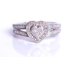 925 Sterling Silver Diamond Heart Ring sz 7.5