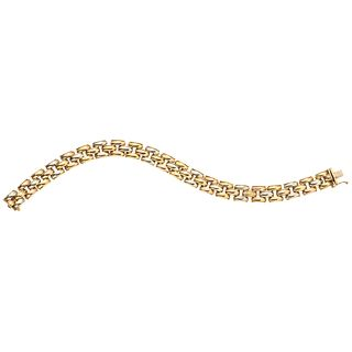 Bracelet in yellow, white, and pink 18k gold. Weight: 22.6 g. Length: 7.4""