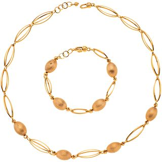 Set of choker and bracelet in 14k yellow gold. Weight: 31.5 g