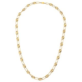 Necklace in 18k yellow gold. Weight: 22.9 g. Length: 19.8""