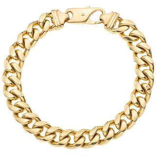 Bracelet in 18k yellow gold. Weight: 81.6 g. Length: 21.5 cm