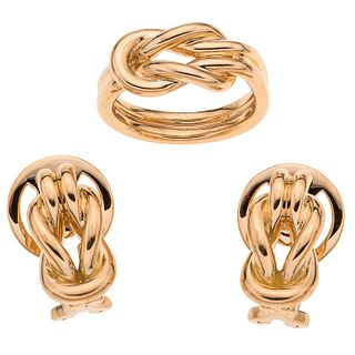 Set of ring and pair of earrings in 18k yellow gold. TANE. Weight: 23.6 g. Ring size: 5 ¾
