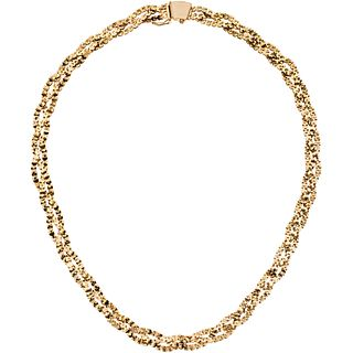 Choker in 18k yellow gold. Weight: 30.4 g. Length: 16.5""