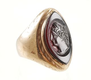 10K Marquise Cut ONYX Cameo Ring