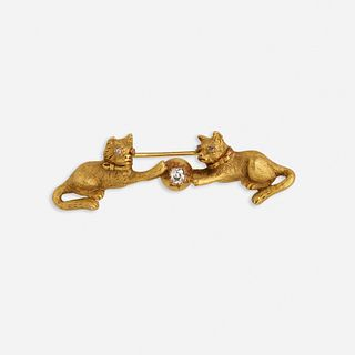 Antique diamond and gold cat brooch