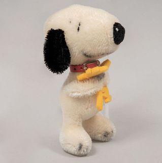 Snoopy Hugging Woodstock. Germany. 20th century. Steiff. Plush toy. Brand label.