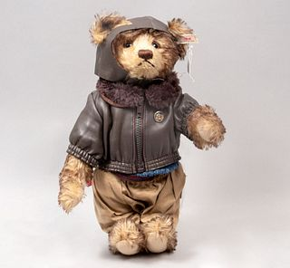 Toy Bear. Germany. 20th century. Steiff. Plush toy. Series number 01348. With brand button and label.