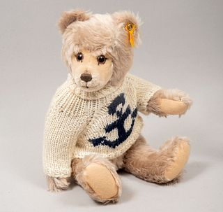 Toy Bear. Germany. 20th century. Steiff. Plush toy. Series number 010859. With brand button and label.
