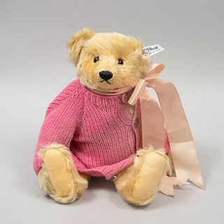 Teddy Bear. Germany. 20th century. Steiff. Plush toy. Series number 09944. With brand button and label.