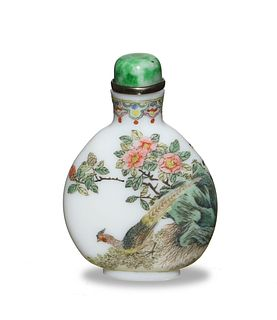 Chinese Falang-Painted Snuff Bottle, 18-19th Century